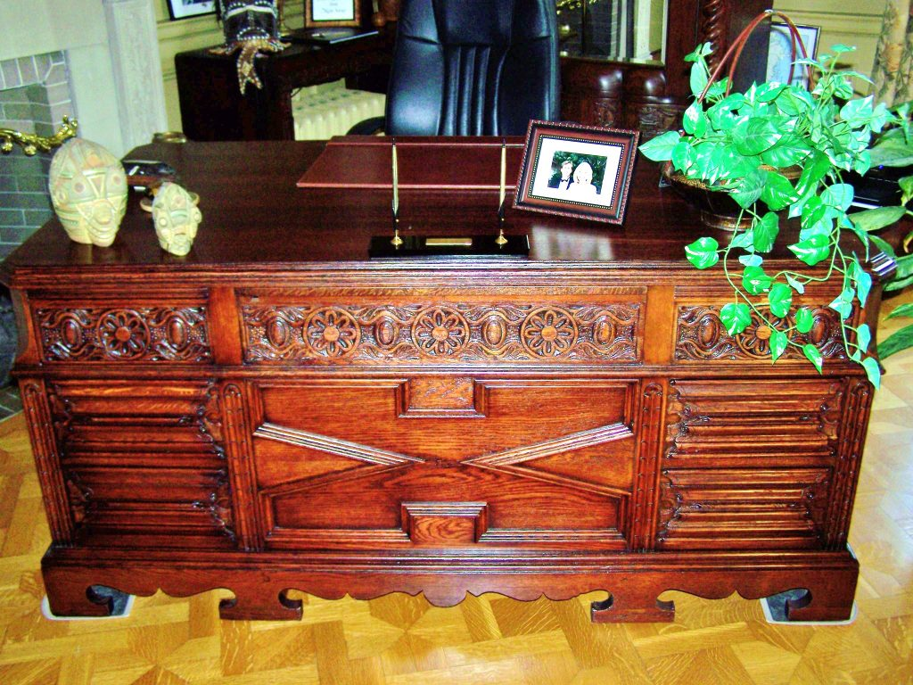 Archbishop Desk This Desk Was Used By Many Milwaukee Archbishops At The Pabst Mansion, Which Used To Be The Catholic Archdiocese Offices The Desk Was Purchased By An Individual Who Had It Restored As A Gift To Her Husband