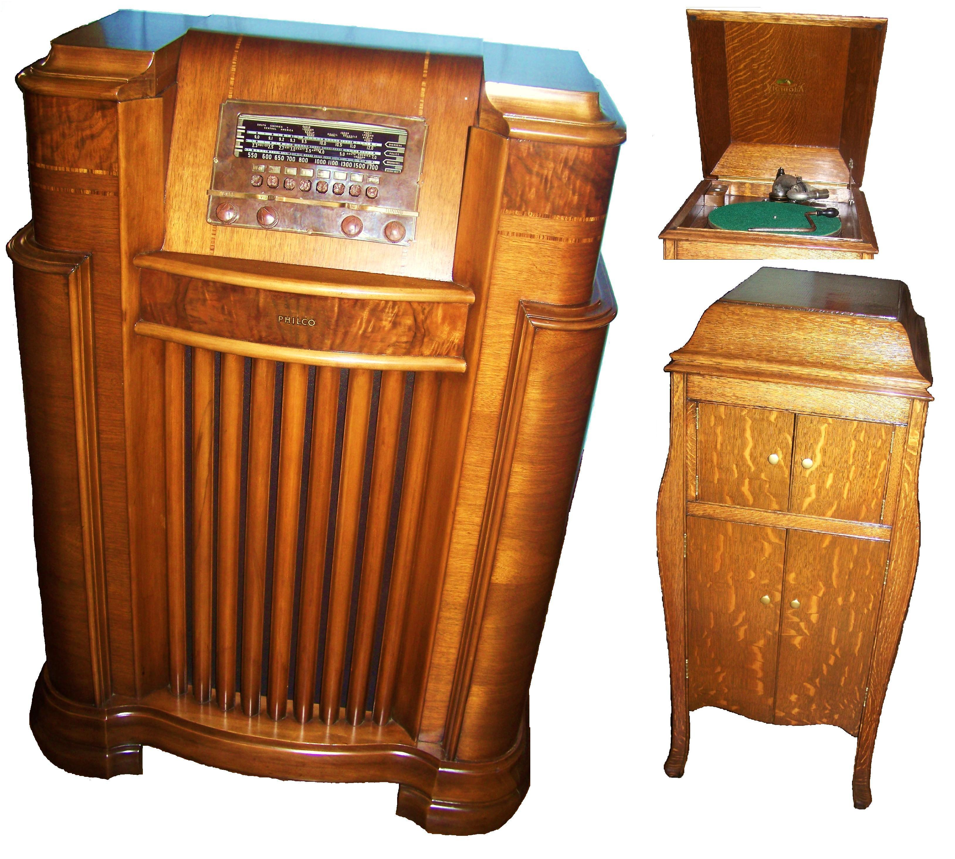 Radio & Victrola This Radio Cabinet And Victrola Were Water Damaged From A Caved In Ceiling